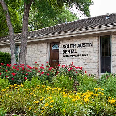 Exterior of our South Austin Dental, Austin office